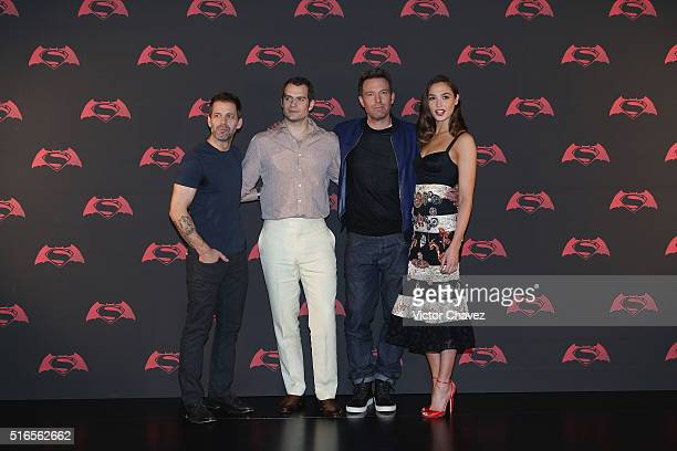 Film director Zack Snyder actors Henry Cavill Ben Affleck and actress Gal Gadot attend 'Batman v Superman Dawn of Justice' Mexico City photo call at...