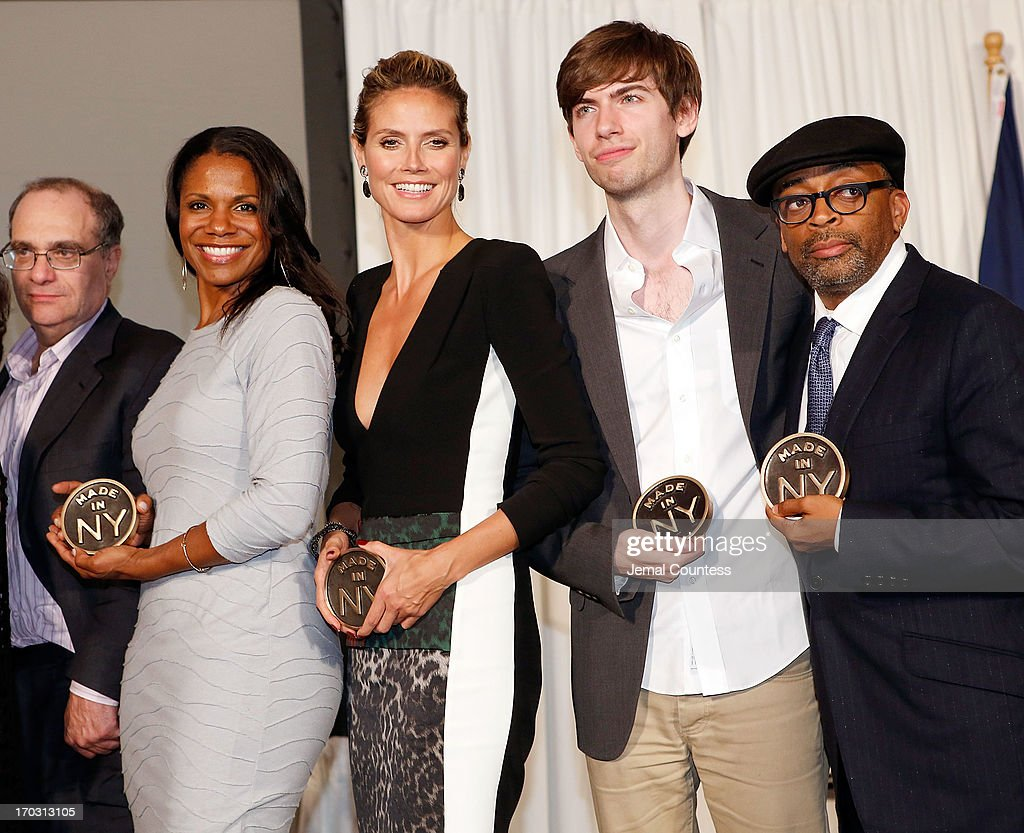 Film Executive Bob Weinstein, Actress Audra McDonald, Model Heidi Klum, entrepreneur and founder of 'Tumblr' David Karp and filmmaker Spike Lee pose with their 'Made In NY Awards' at the 8th Annual 'Made In NY Awards' at Gracie Mansion on June 10, 2013 in New York City.