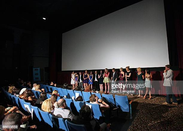 Film Independent's Josh Welsh, writer/director Suzi Yoonessi and actors Melissa Leo, Elaine Hendrix, Savanah Wiltfong, Shayne Topp, Meaghan Jette...