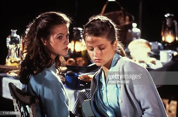 "Film ""Les fous de bassans"" In Canada In September 1986-Laure Marsac, Charlotte Valandrey."