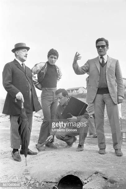 Film set of 'Uccellacci e uccellini' with Totò Ninetto Davoli and film director Pier Paolo Pasolini 1966