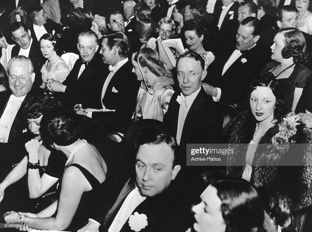 Film star Clark Gable (1901 - 1960) and his wife Carole Lombard (1908 - 1942) attend the Atlanta premiere of the movie 'Gone With the Wind', 15th December 1939.