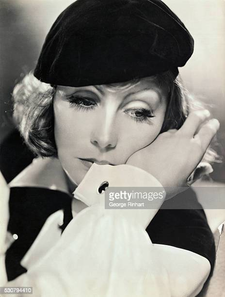 Film star Greta Garbo in her famous Beretit became a worldwide fashion