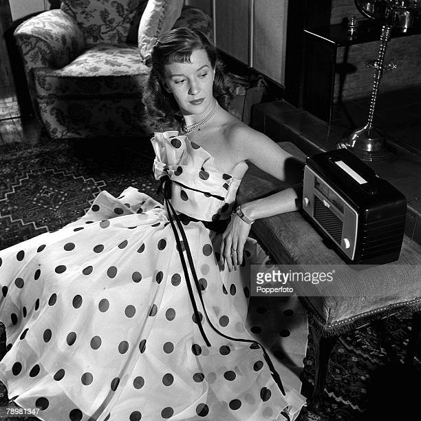 Film star, Lois Maxwell couldn't hide her freckles, so she emphasizes them with gloves, bows, belts, and dresses