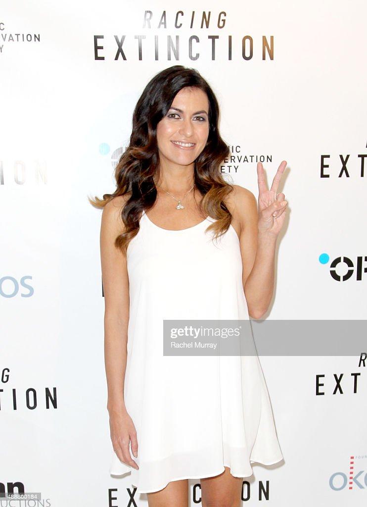 "Los Angeles Premiere Of ""RACING EXTINCTION"" : News Photo"