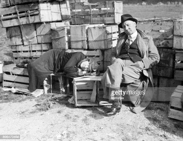 Filming of Pygmalion, directed by Anthony Asquith and Leslie Howard, at Pinewood Studios, London, England, 20th March 1938. Our picture shows, Covent...