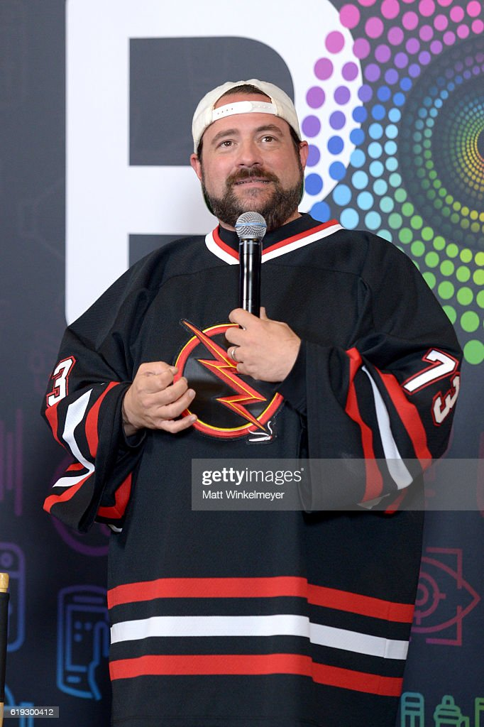 Filmmaker Kevin Smith records onstage during the 'Fat Man on Batman' podcast at Entertainment Weekly's PopFest at The Reef on October 30, 2016 in Los Angeles, California.