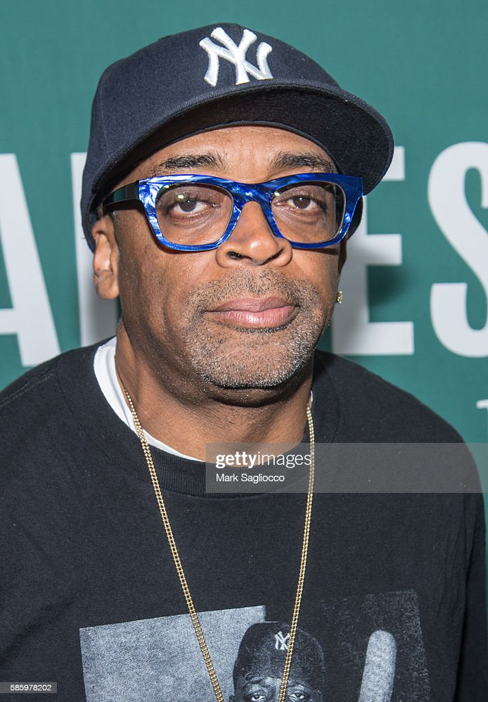 "Spike Lee Signs Copies Of The ""She's Gotta Have It"" Notebook"