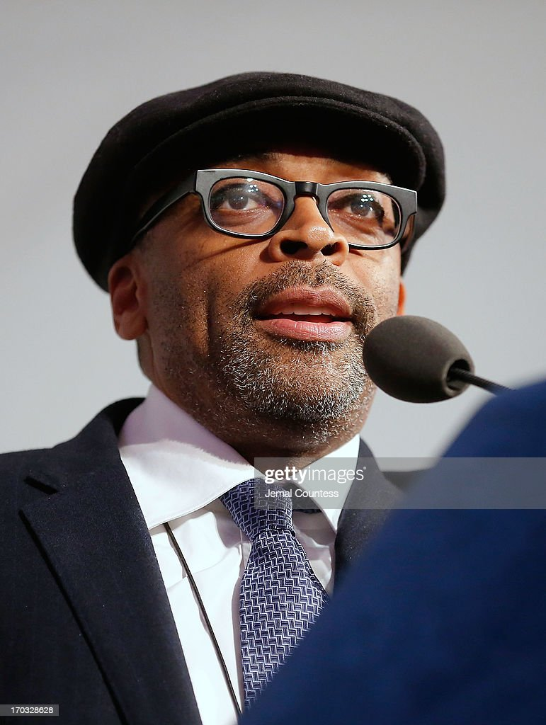 Filmmaker Spike Lee speaks after receiving his 'Made In NY Award' at the 8th Annual 'Made In NY Awards' at Gracie Mansion on June 10, 2013 in New York City.
