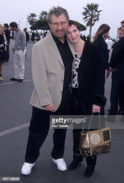 Filmmaker Tobe Hooper and actress Amanda Plummer attend the 16th Annual IFP/West Independent Spirit Awards on March 24 2001 at Santa Monica Beach in...