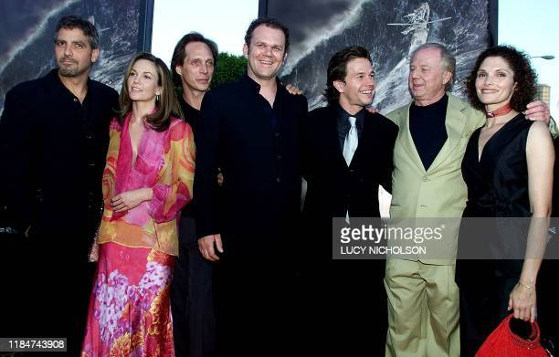 """Filmmakers of new film """"The Perfect Storm"""" pose at the film's premiere actors: George Clooney, Diane Lane, William Fichtner, John C. Reilly, Mark..."""