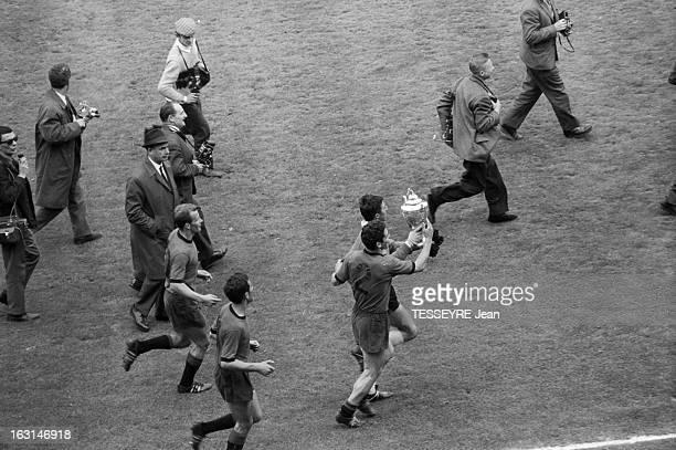 Final Of Soccer French Cup 1965 Rennes Sedan En France à Paris le 26 mai 1965 au Parc des Princes lors de la finale de la coupe de France de football...