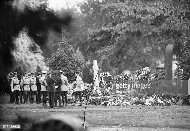 Final Resting Place of Thomas Edison The flower covered grave of Thomas A Edison in the Rosedale Cemetery West Orange New Jersey after he was laid to...