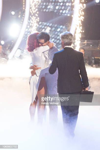 STARS 'Finale' After weeks of stunning competitive dancing the final four couples advance to the season finale of 'Dancing with the Stars' live...