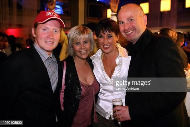 Finale / Aftershow Party Staffel 4 / 2007 Joey Kelly mit Michaela Schaffrath und weiteren Gästen