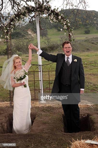 THE OFFICE Finale Episode 924/925 Pictured Angela Kinsey as Angela Martin Rainn Wilson as Dwight Schrute