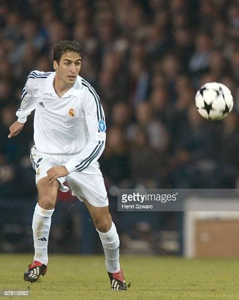 Finale Glasgow BAYER 04 LEVERKUSEN REAL MADRID 12 REAL MADRID CHAMPIONS LEAGUE SIEGER 2002 RAUL/MADRID