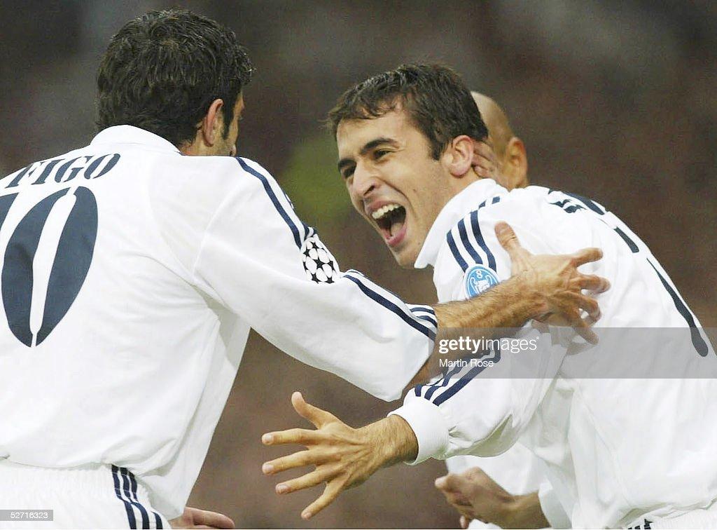 CHAMPIONS LEAGUE 01/02 FINALE: BAYER 04 LEVERKUSEN - REAL MADRID 1:2 : News Photo