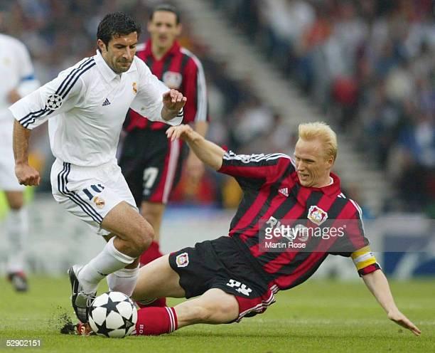 Finale in Glasgow BAYER 04 LEVERKUSEN REAL MADRID Luis FIGO/REAL Carsten RAMELOW/LEVERKUSEN
