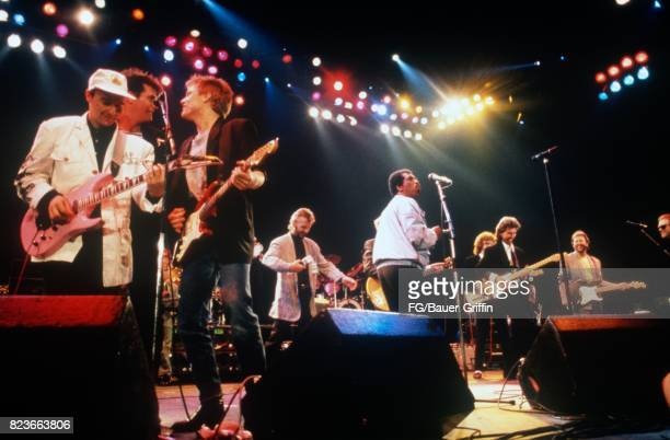 Finale of the Prince's Trust Concert on June 05, 1987 in London, United Kingdom. 170612F1