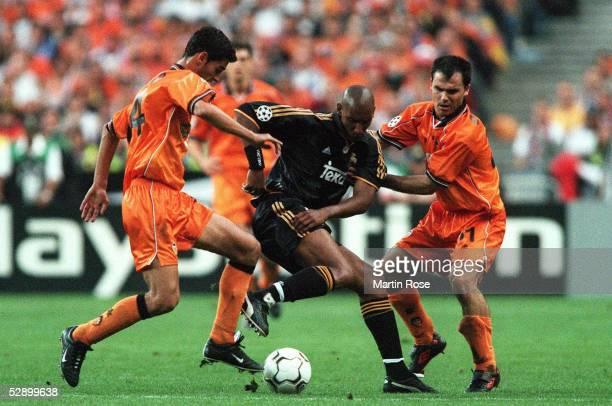 LEAGUE 99/00 Finale Paris/FRA REAL MADRID FC VALENCIA 30 vlnr GERARD/VALENCIA Nicolas ANELKA/MADRID GERARDO/VALENCIA