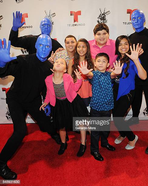 Finalists Axel Cabrera Magallie Montiel Christopher Rivera Alejandra Gallardo Carmen Sanchez and Joel Trevio pose during Telemundo 'La Voz Kids'...
