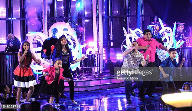 Finalists Magallie Montiel Carmen Sanchez Alejandra Gallardo Axel Cabrera Christopher Rivera and Joel Trevio perform during Telemundo 'La Voz Kids'...