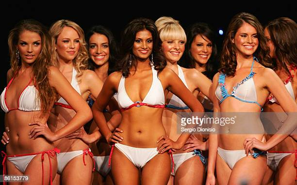 Finalists parade on the catwalk during the official crowning ceremony for 'Miss Universe Australia 2009' at the Hilton Hotel on April 22 2009 in...