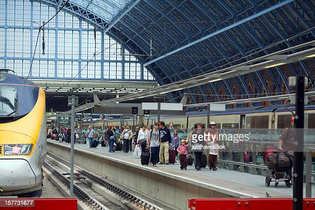 finally arrived in london - eurostar stock pictures, royalty-free photos & images