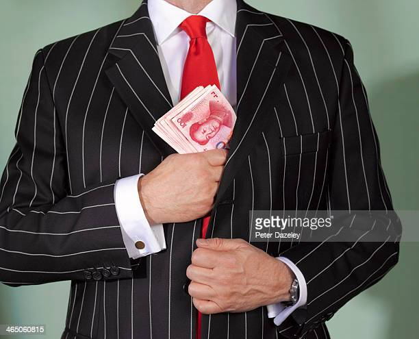 Financial advisor with chinese currency