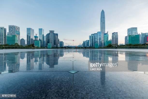 financial city shenzhen futian cbd - 深圳市 ストックフォトと画像