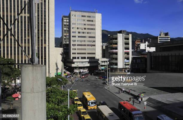 financial district around berrio park - コロンビア メデジン ストックフォトと画像