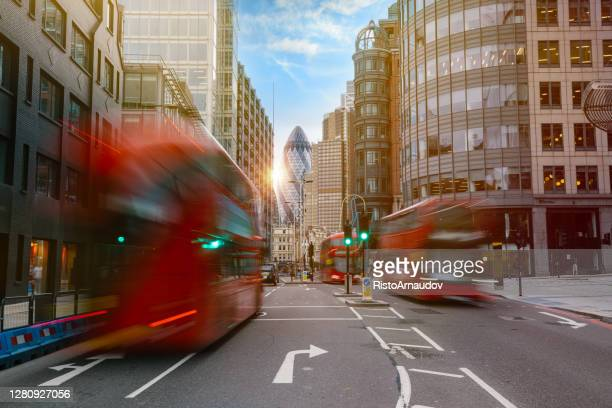 financial district of london - driving stock pictures, royalty-free photos & images