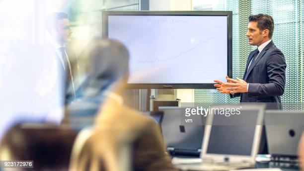 financial reports - financial analyst stock photos and pictures