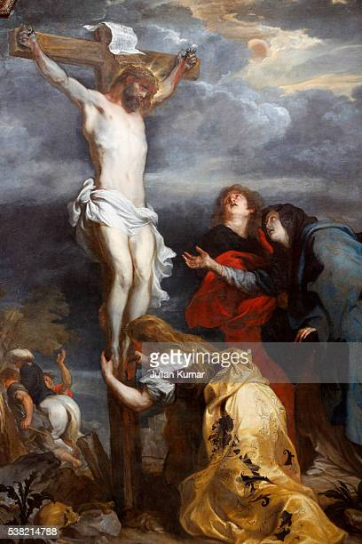 fine art museum, lille. christ on the cross by anton van dyck (17th century). - images of jesus on the cross at calvary stock pictures, royalty-free photos & images