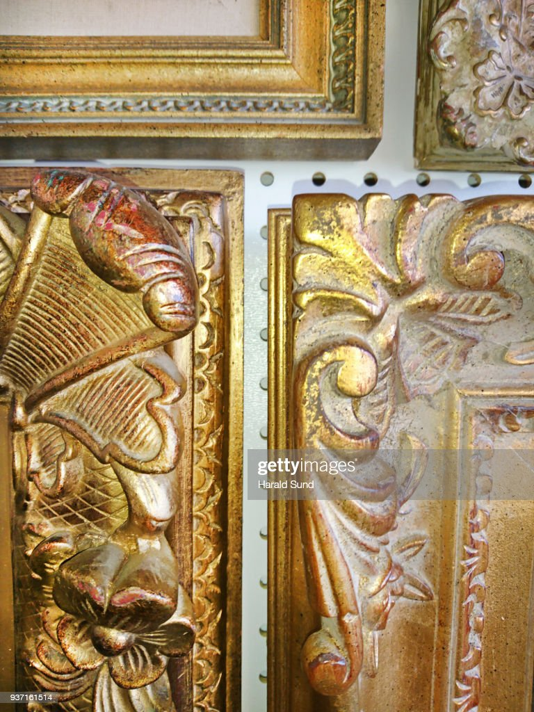 Fine Art Ornate Gilded Carved Classic Style Picture Frame Detail ...