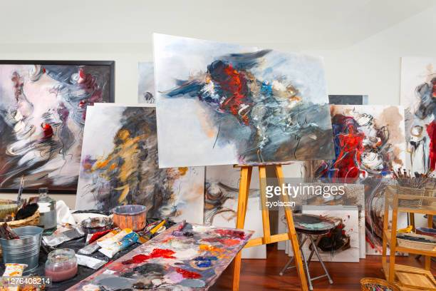 fine art painter's studio - syolacan stock pictures, royalty-free photos & images