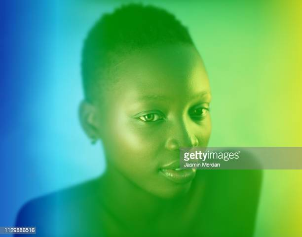 fine art portrait of beautiful black woman - aktmodel stock-fotos und bilder