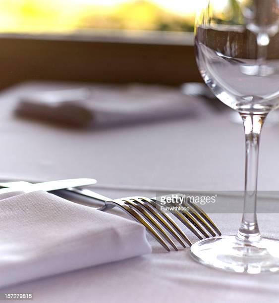 Fine Dining Restaurant Tisch Gedeck, Serviette & Weinglas