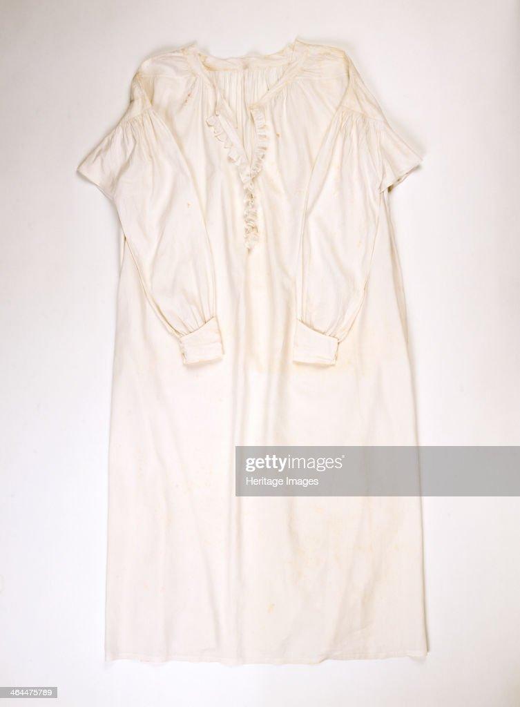 551568240f A fine Linen or cotton nightdress worn by Queen Victoria