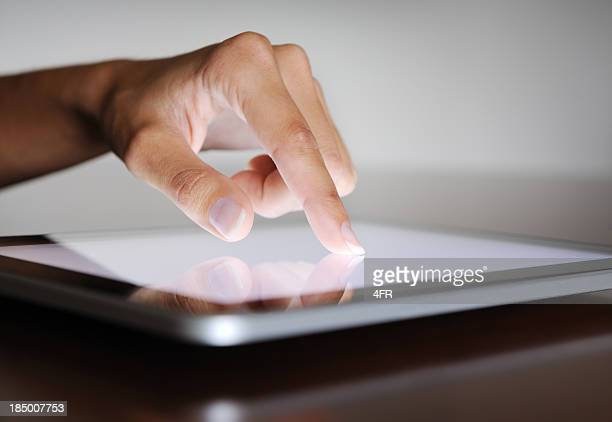 Finger pointing on a Digital Tablet