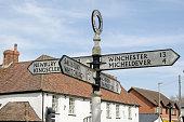 Fingerpost, Overton