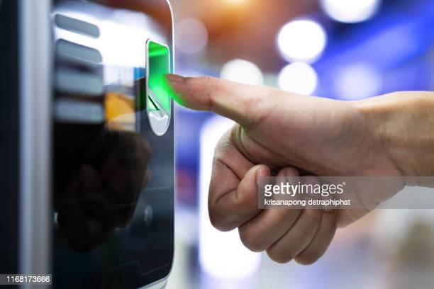 fingerprint scanner,fingerprint - business security camera stock pictures, royalty-free photos & images