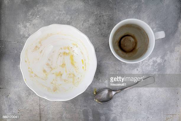 Finished breakfast with porridge and coffee remains