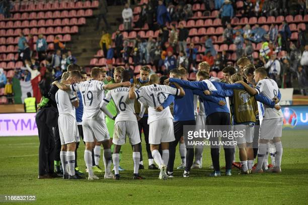 Finland team huddles together after the 1-2 loss to Italy in the UEFA Euro 2020 Group J qualification football match Finland vs Italy in Tampere,...