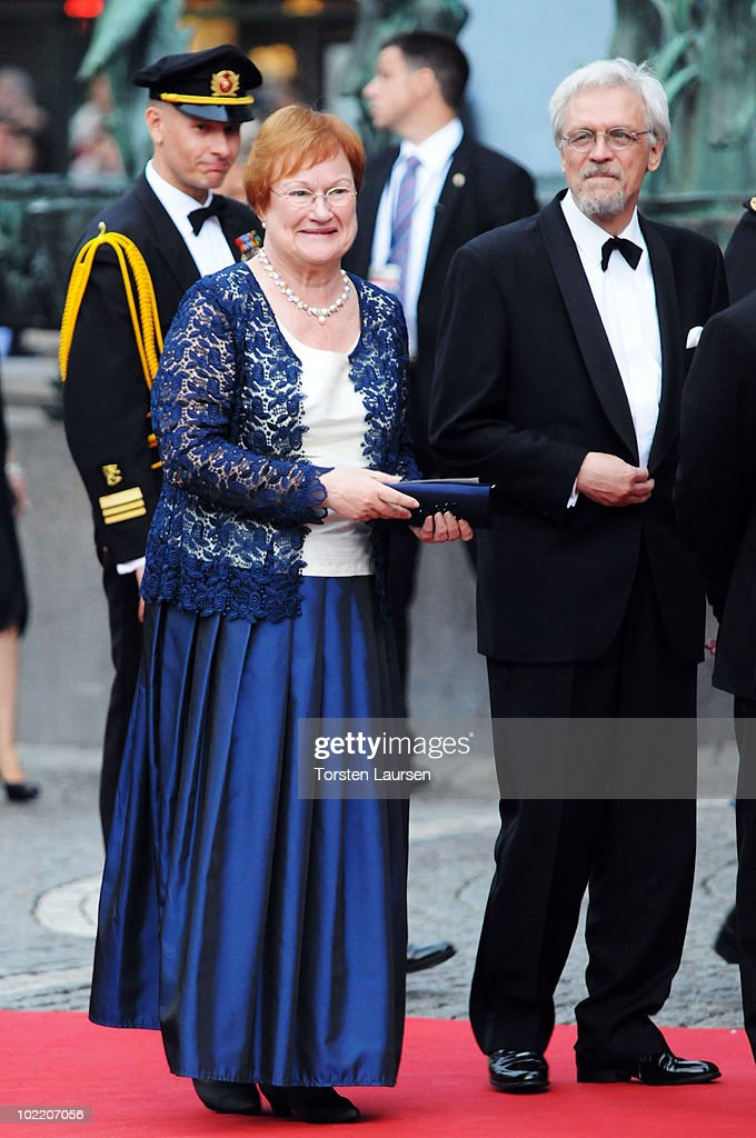 Crown Princess Victoria & Daniel Westling: Gala Performance - Arrivals