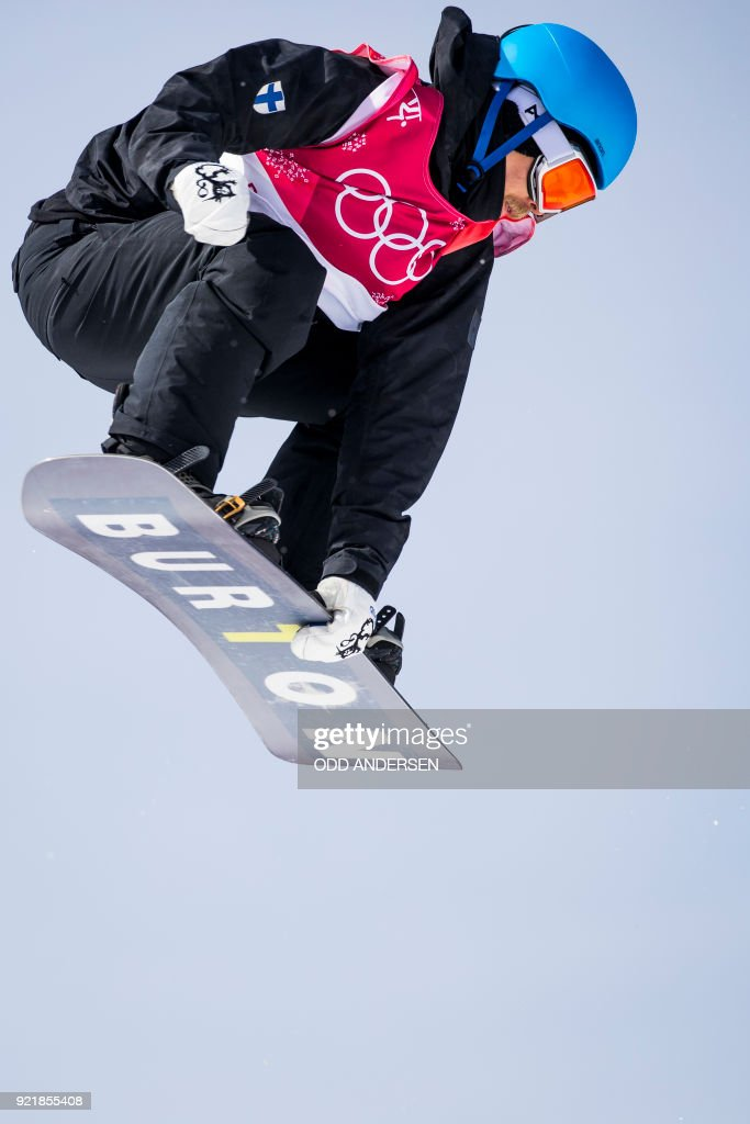finland's Roope Tonteri competes during the qualification of the men's snowboard big air event at the Alpensia Ski Jumping Centre during the Pyeongchang 2018 Winter Olympic Games in Pyeongchang on February 21, 2018. / AFP PHOTO / Odd ANDERSEN