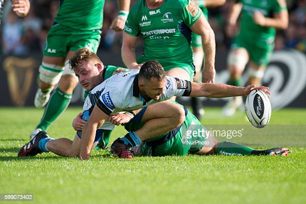 Finlay Bealham of Connacht fights for the ball with Simone Favaro of Glasgow during the Guinness PRO12 rugby match between Connacht Rugby and Glasgow...