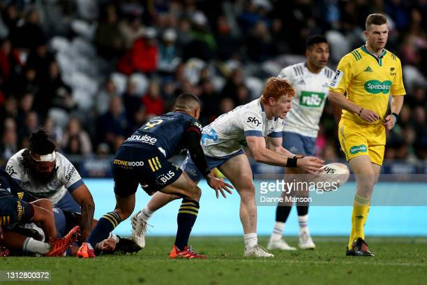 Finlay Christie of the Blues passes the ball during the round eight Super Rugby Aotearoa match between the Highlanders and the Blues at Forsyth Barr...
