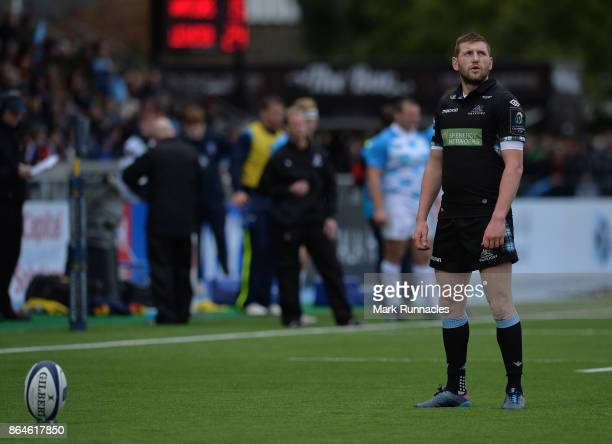 Finn Russell of Glasgow Warriors prepares to kick a penalty during the European Rugby Champions Cup match between Glasgow Warriors and Leinster Rugby...
